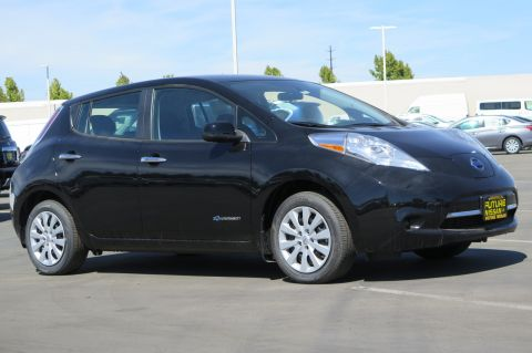 New 2017 Nissan LEAF S
