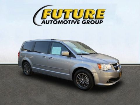 Pre-Owned 2017 Dodge Grand Caravan SXT Wagon Front Wheel Drive Mini-van, Passenger