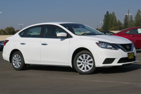 New 2017 Nissan Sentra SV FWD 4dr Car