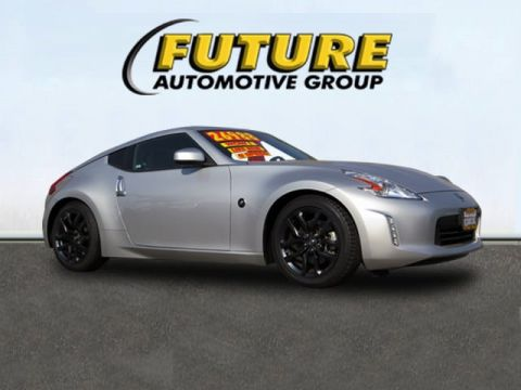 Pre-Owned 2016 Nissan 370Z  Rear-wheel Drive Coupe