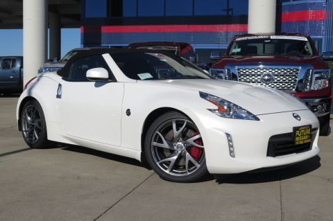 New Nissan 370Z Touring Sport