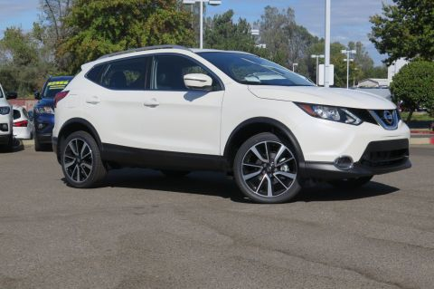 New 2017 Nissan Rogue Sport SL With Navigation