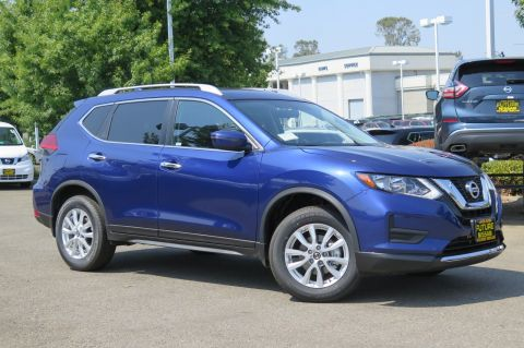 New 2017 Nissan Rogue SV AWD