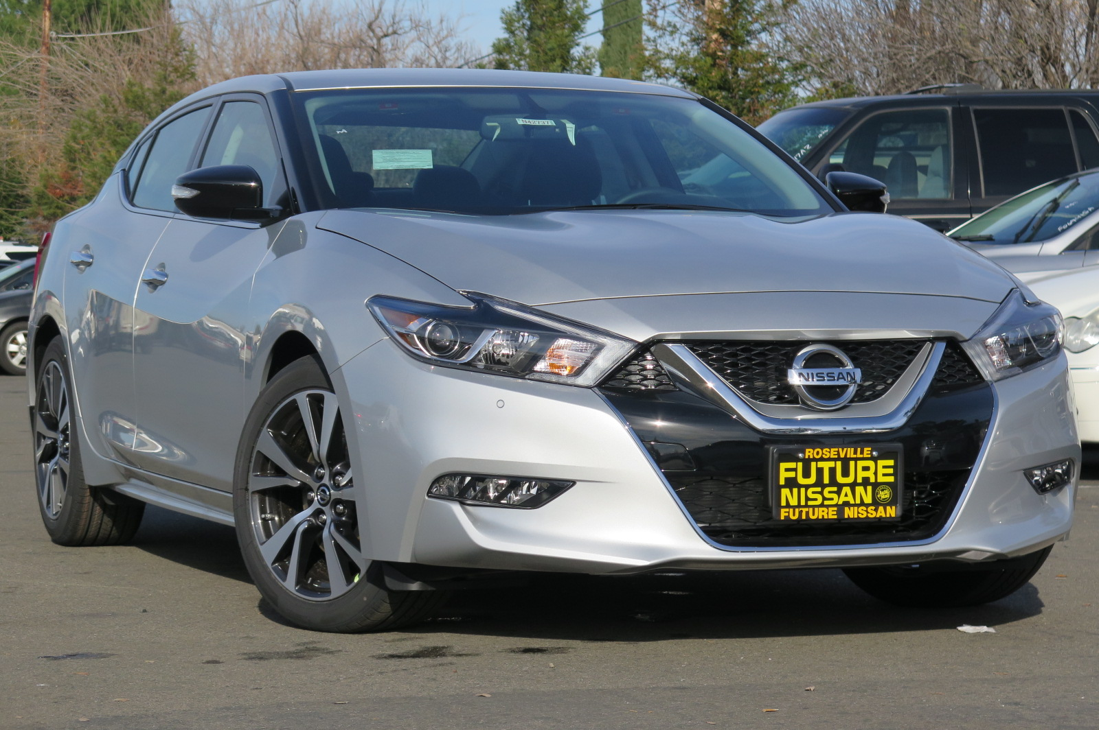 New 2017 Nissan Maxima Sv 4dr Car In Roseville N42737
