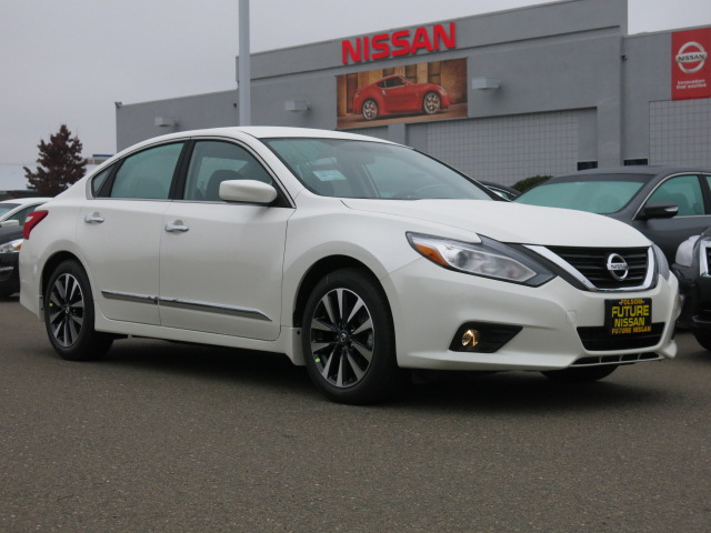 new 2016 nissan altima 2 5 sv sedan in roseville f9877 future nissan of roseville. Black Bedroom Furniture Sets. Home Design Ideas