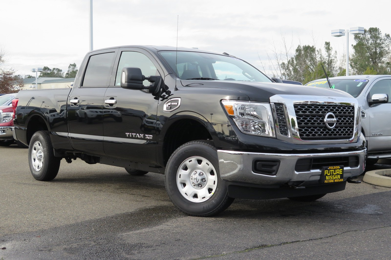 new 2017 nissan titan xd sv crew cab pickup in roseville f10915 future nissan of roseville. Black Bedroom Furniture Sets. Home Design Ideas