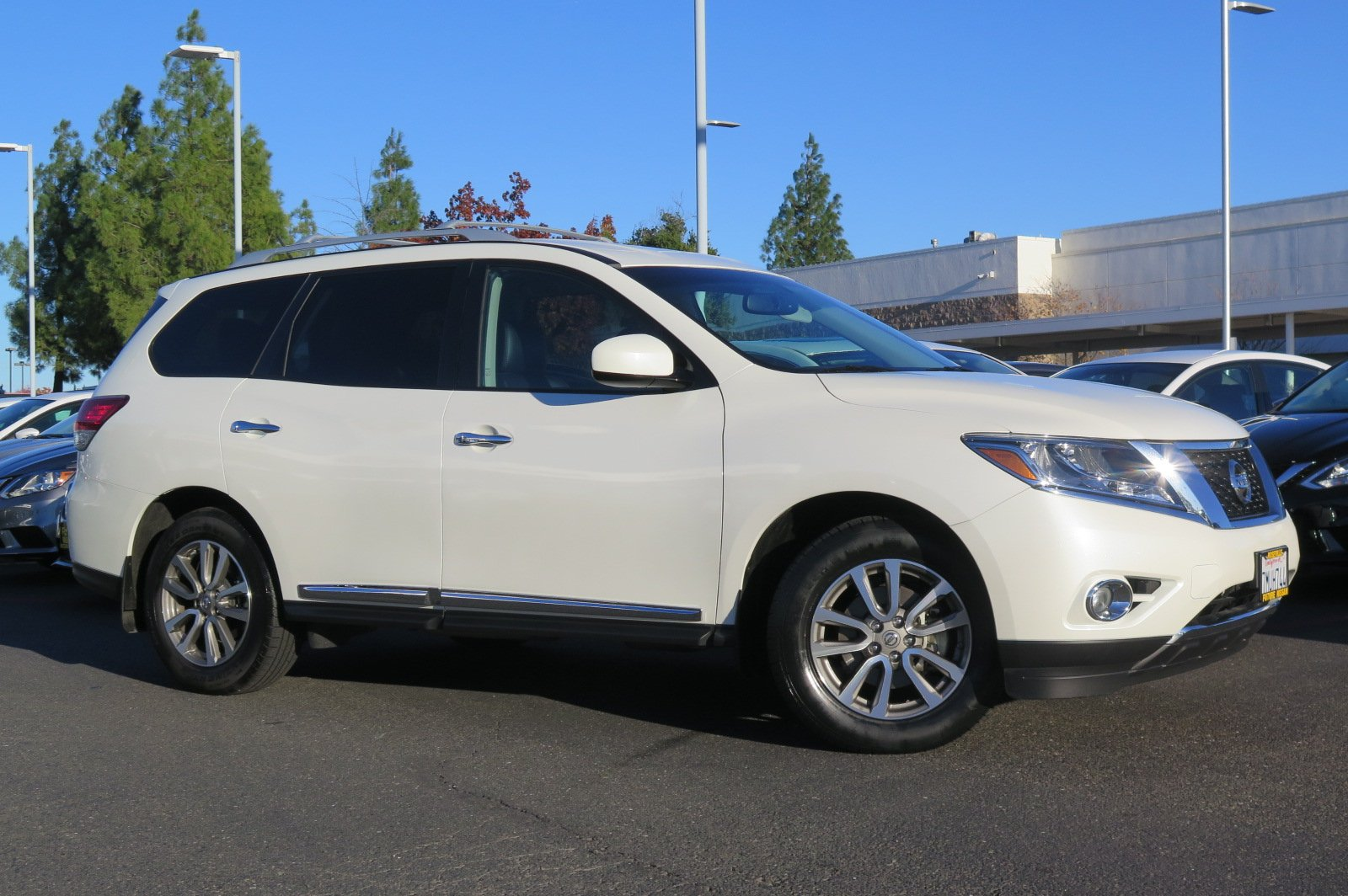 certified pre-owned 2015 nissan pathfinder sl sport utility in