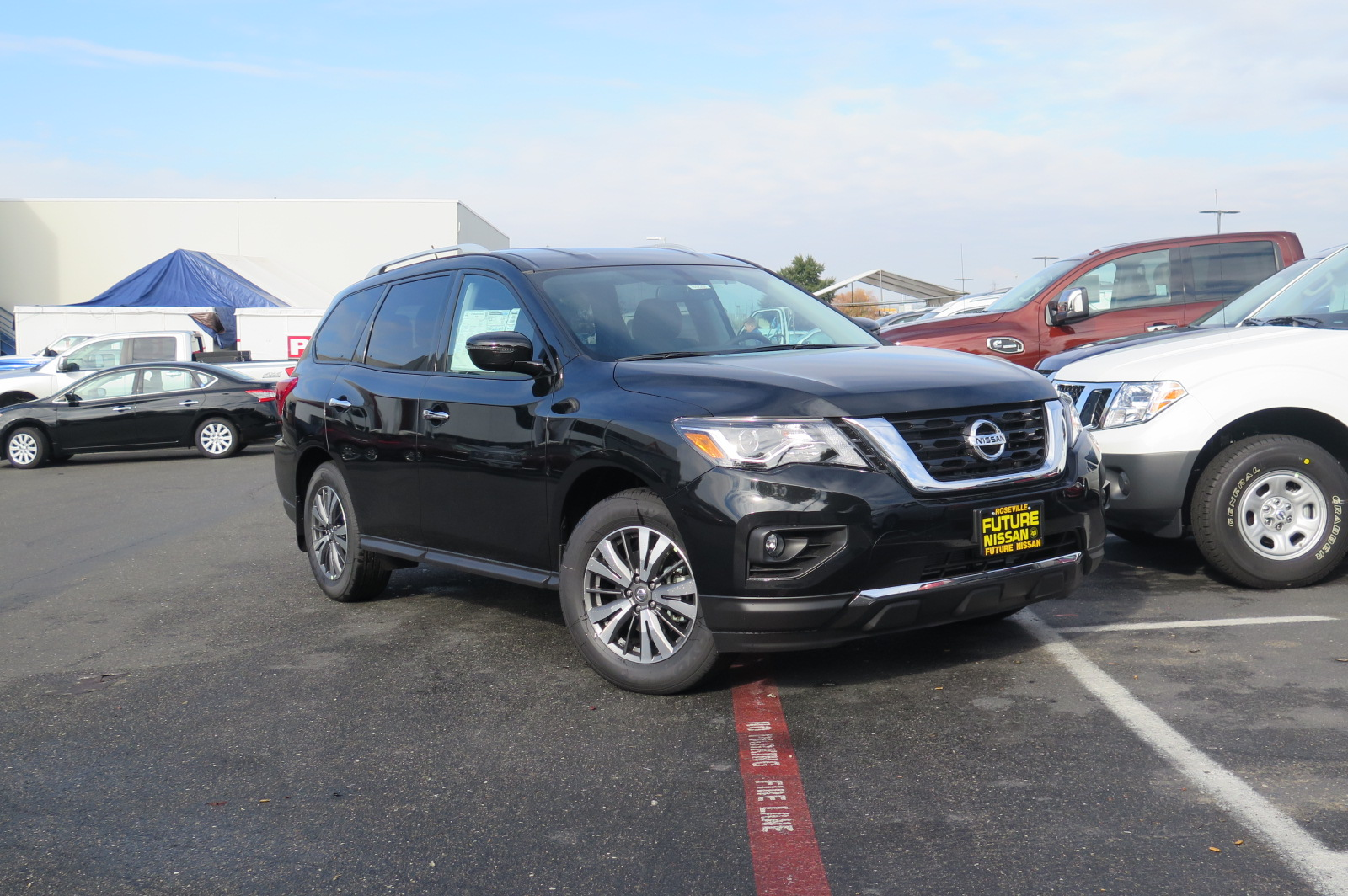 New 2017 Nissan Pathfinder Sv Sport Utility In Roseville
