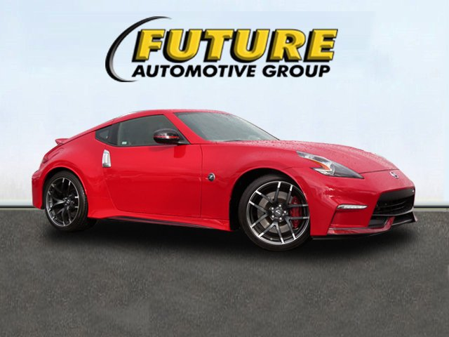 Certified Pre-Owned 2017 Nissan 370Z NISMO Tech