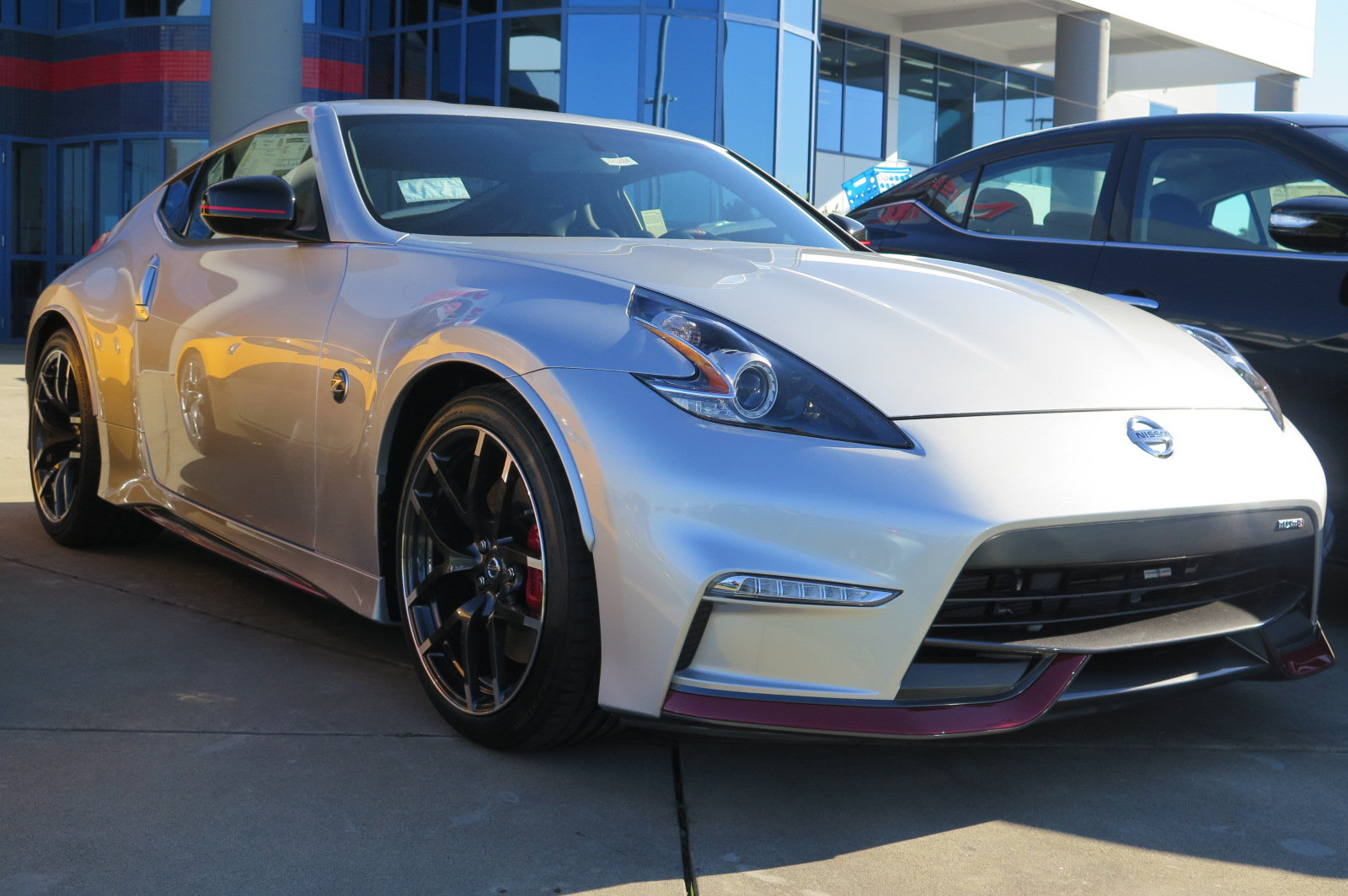 new 2017 nissan 370z nismo 2dr car in roseville n43484 future nissan of roseville. Black Bedroom Furniture Sets. Home Design Ideas