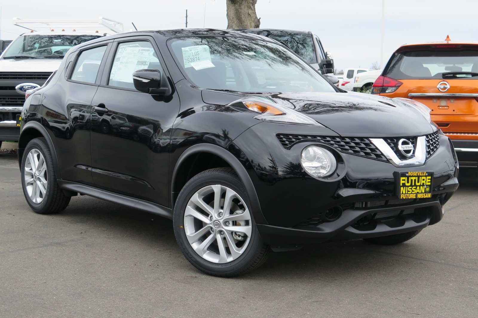 new 2017 nissan juke s sport utility in roseville n43435. Black Bedroom Furniture Sets. Home Design Ideas