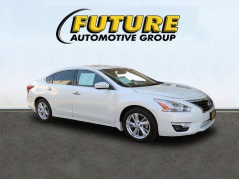 Certified Pre-Owned 2015 Nissan Altima 2.5 SV Front Wheel Drive 4dr Car