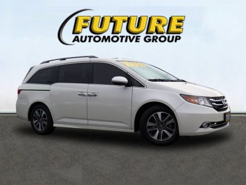 Pre-Owned 2015 Honda Odyssey Touring Elite FWD Mini-van, Passenger