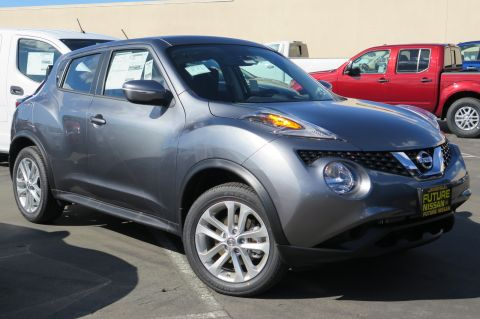 New 2017 Nissan Juke S AWD