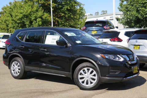 New 2017 Nissan Rogue S FWD Sport Utility
